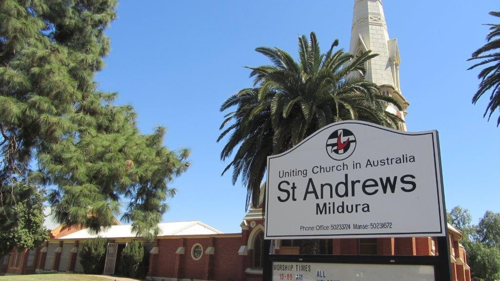 Photo of the exterior of St Andrew's Mildura
